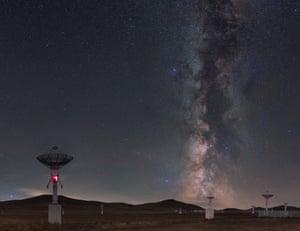 Best Newcomer CategoryWinner - Galaxy curtain call performance by Tianhong Li