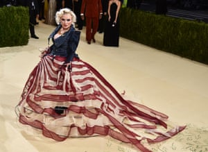 Debbie Harry with a nod to the American flag by Zac Posen