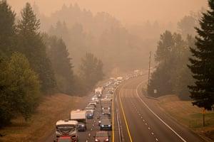 Oregon residents evacuate north along highway Highway 213 on 9 September 2020 near Oregon City.