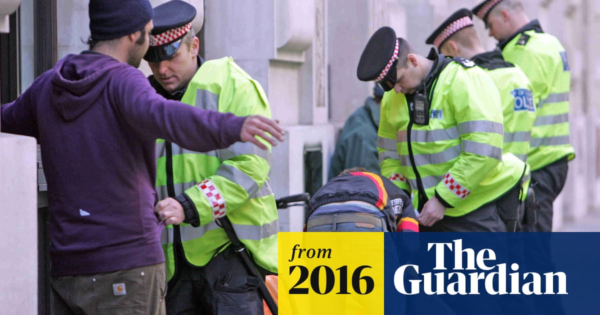 UK police forces 'still abusing stop and search powers