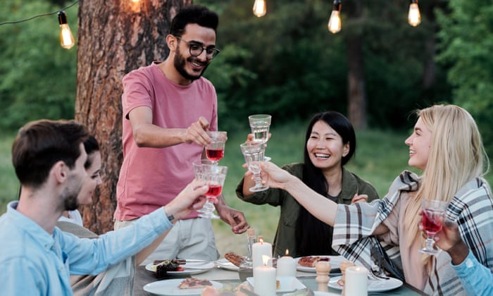 First of the summer wines: picnic wine, cocktail recipes and what to serve with them