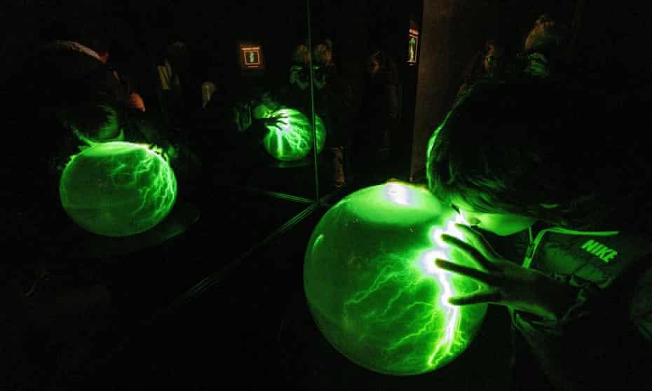 Visual effects at Edinburgh camera obscura