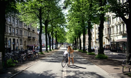 a tree-lined street in Gothenburg.