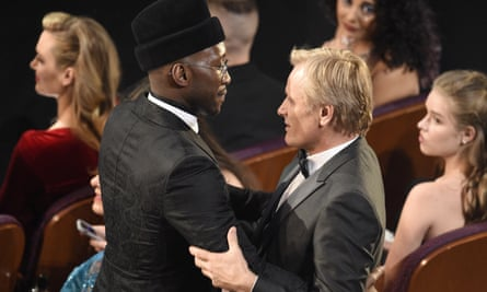 Viggo Mortensen and Mahershala Ali congratulate each other after Green Book wins the best picture Oscar.