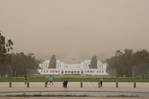A dust storm obscures Mount Ainslie shot from Parliament House forecourt this evening