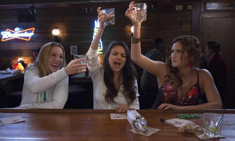 Kristen Bell, Mila Kunis and Kathryn Hahn in Bad Moms.