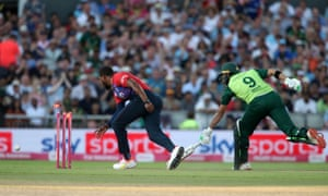 Pakistan's Imad Wasim (right) is run out by England's Chris Jordan.