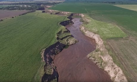 When nature says 'Enough!': the river that appeared overnight in Argentina