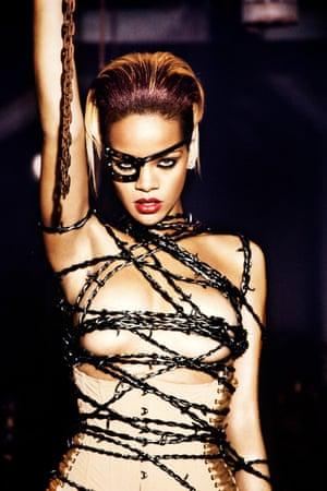Rihanna, Berlin, 2009
