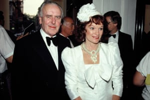 George Cole with his wife, Penny Morrell, in London in 1990