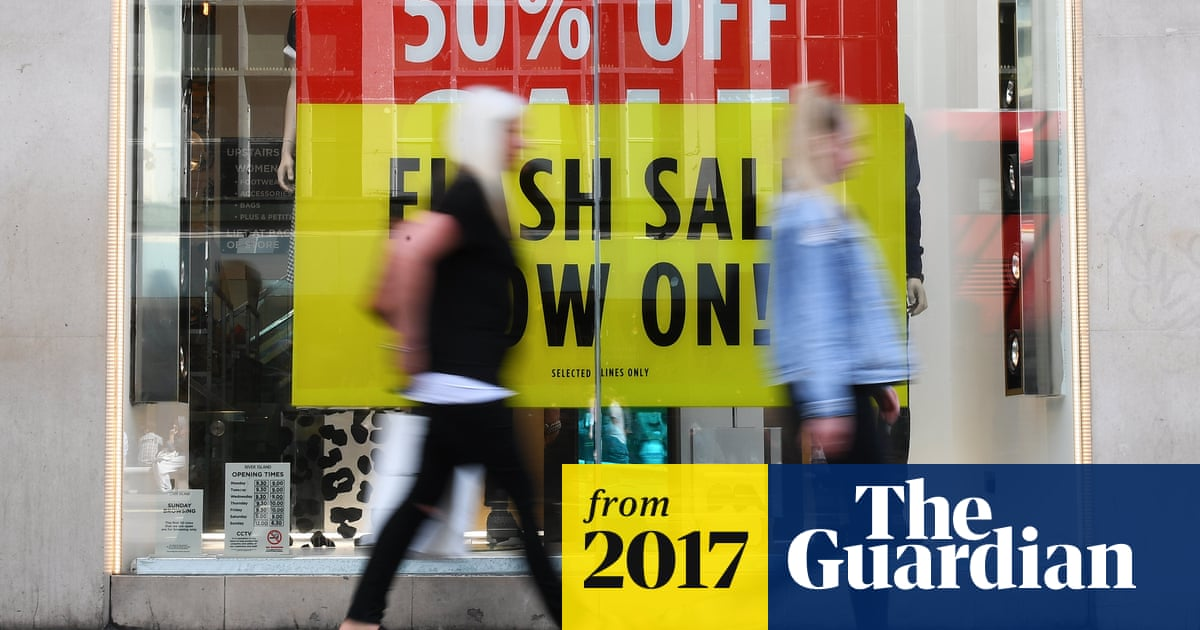 d11f6adc42df8b6 UK retail sales slump in September as inflation and wage woes bite ...