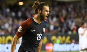 Graham Zusi capped off a good night for the US with his team's fourth goal