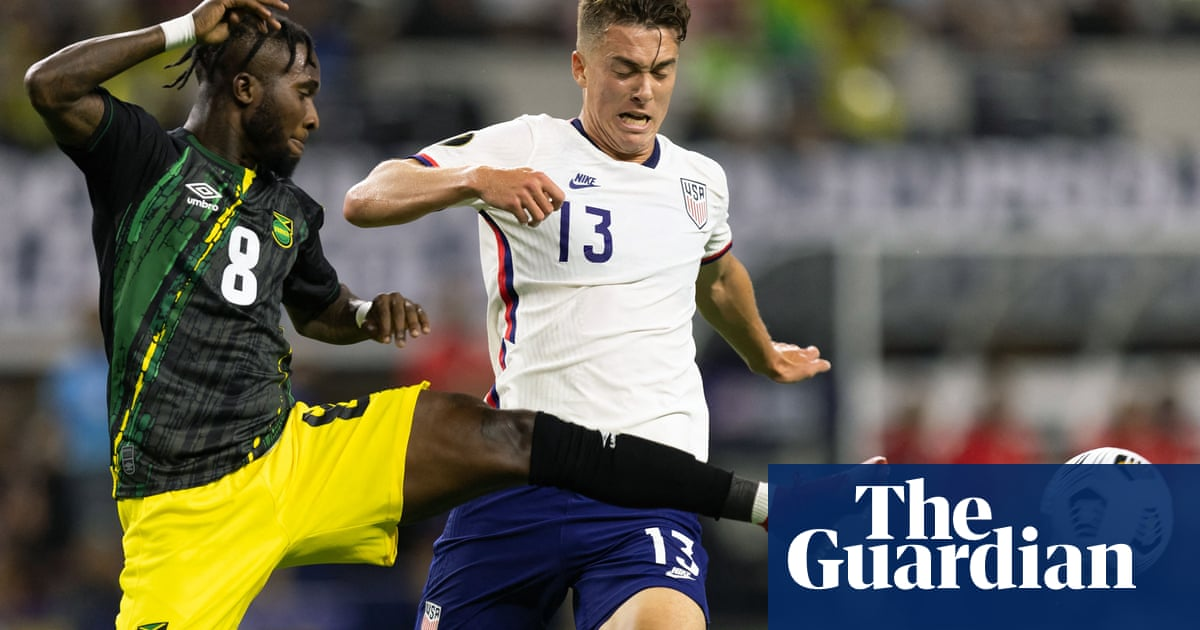 US oust Jamaica to reach Gold Cup semis on Hoppe's first international goal