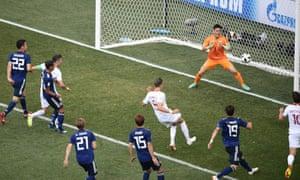 ベドナレクのゴールでポーランドが先制した。