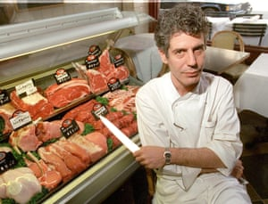 Anthony Bourdain in the kitchen of Brasserie Les Halles