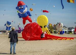 The Smurfs kite