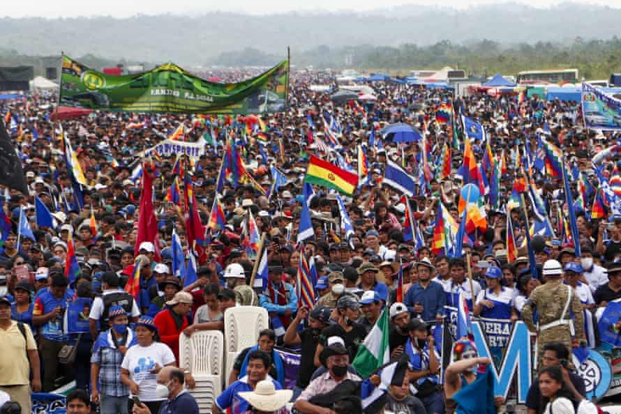 Supporters of Morales attend a rally to welcome him to Chimoré on 11 November.