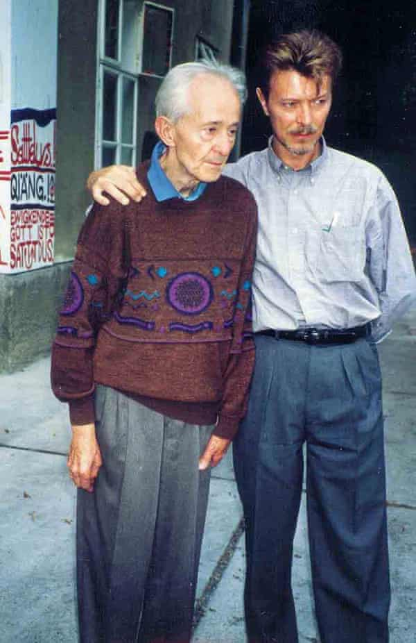 Oswald Tschirtner and David Bowie in 1994.