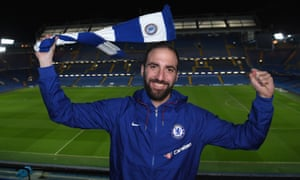 Gonzalo Higuaín has joined Chelsea to reunite with Maurizio Sarri, who coached the forward at Napoli.
