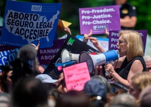 Democratic presidential candidate Senator Kirsten Gillibrand speaks outside the US Supreme Court as pro-choice activist rally in Washington, DC, on May 21, 2019.