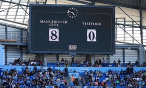 An old-school score for an old-school scoreboard at the Etihad Stadium.