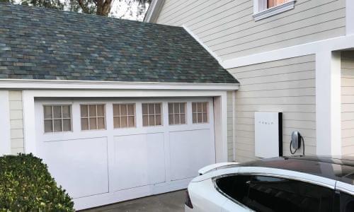 Solarcity Roof Tiles >> Tesla Boss Elon Musk Unveils Solar Roof Tiles Environment The