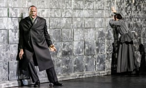 Lester Lynch as Shylock in WNO's The Merchant of Venice.
