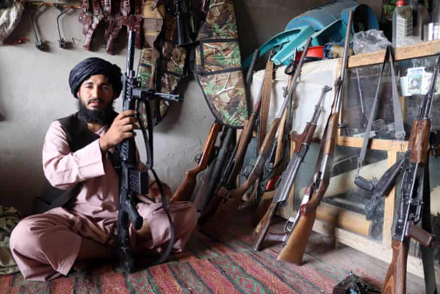 An Afghan arms dealer sells weapons at his shop in Panjwai district of Kandahar province, Afghanistan, 07 September 2021.