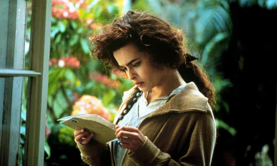 Stay … Helena Bonham Carter as Helen Schlegel in the 1992 film of Howards End.