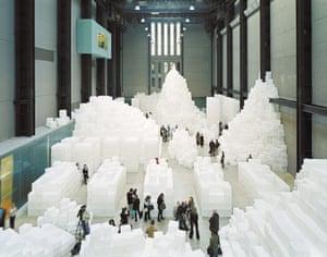 Rachel Whiteread's 2005 installatio in Tate Modern's Turbine Hall.