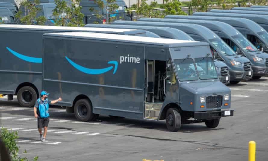 An Amazon worker in Miami, Florida