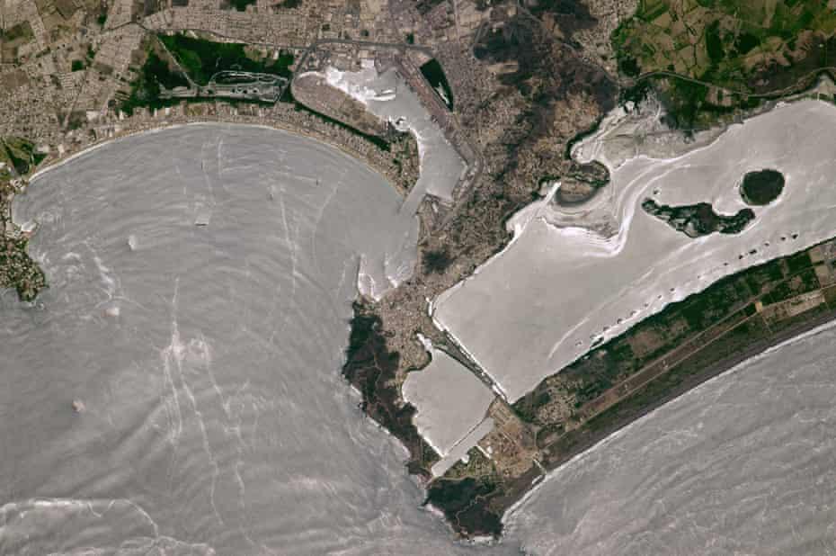 Mexico's busiest port of Manzanillo