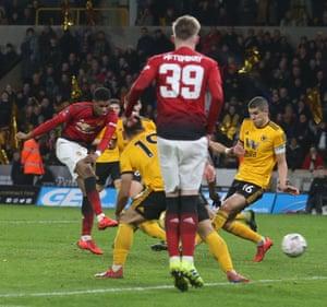 Marcus Rashford of Manchester United pulls a goal back.