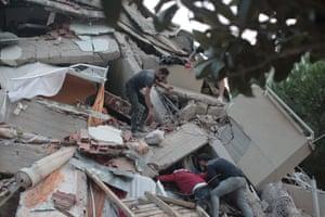 Rescue workers in Izmir