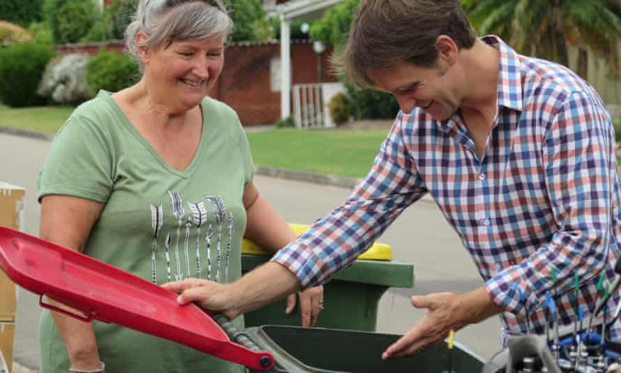 Craig Reucassel and Robyn, one of the residents featured in War on Waste