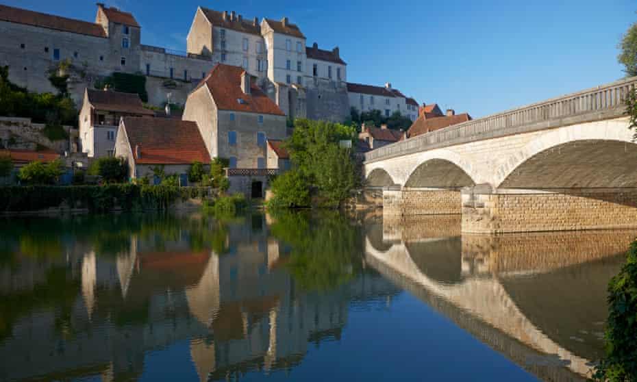 Pesmes at river OgnonHaute-Sâone, Franche-Comté