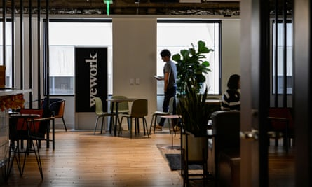 In online chats, WeWork staff blame co-founder Adam Neumann for the company's dramatic fall from grace.