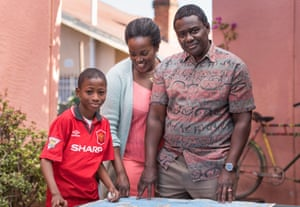 Wunmi Mosaku as Gloria Taylor with Babou Ceesay and Sammy Kamara in Damilola, Our Loved Boy.