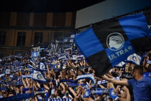 The Atalanta fans are rather pleased with how the evening is going.