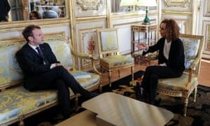 Emmanuel Macron and Leïla Slimani in a meeting at the Élysée Palace