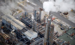 A Shell oil refinery