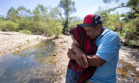 'It breaks your soul': a Guatemalan father and daughter's harrowing trip to the US border