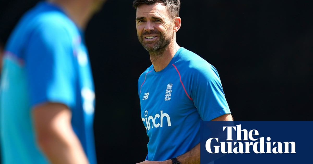 Jimmy Anderson says England players feel anxious about historical tweets