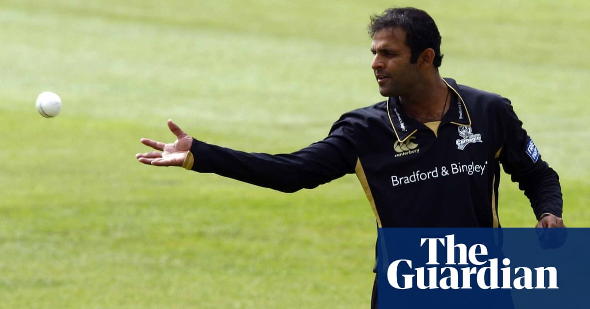 Second cricketer backs Azeem Rafiqs racism claims against Yorkshire