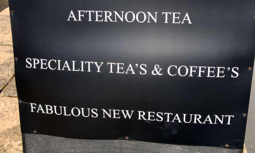 Sign with misuse of apostrophes