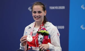 Tully Kearney with her silver medal.