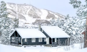 Ski Safari holiday in Norway. Geilolia Forest Cabins.