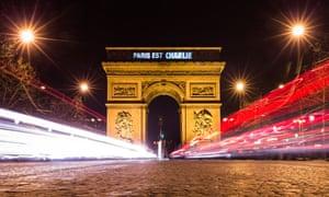 """""""Paris est Charlie"""" (Paris is Charlie) projected on to the Arc de Triomphe, Paris."""