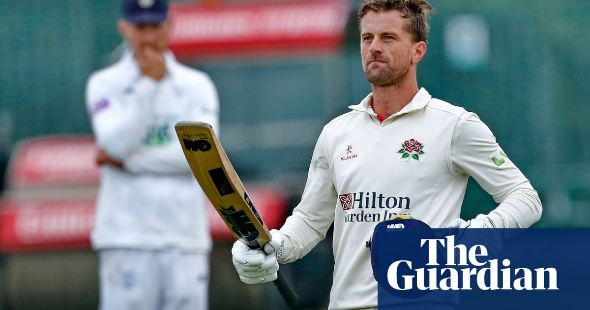 Dane Vilas ends Hampshire's hopes and sets up waiting game for Lancashire