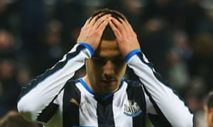 Mitrovic misses another Newcastle United chance.